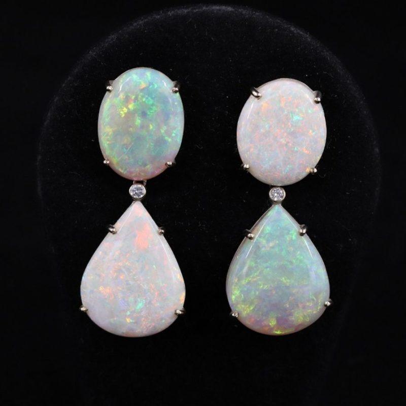 Boucles d'oreilles opales d'Australie et brillants