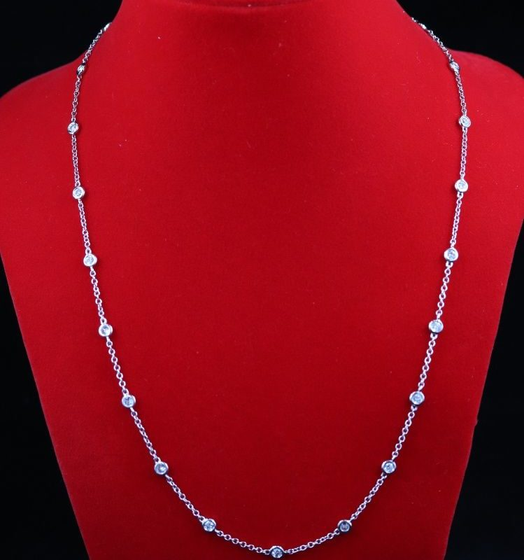Collier or blanc diamants