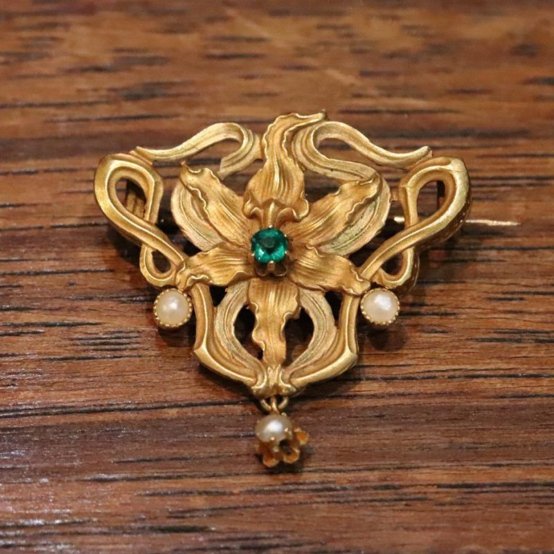 Broche florale Art Nouveau or et perles fines
