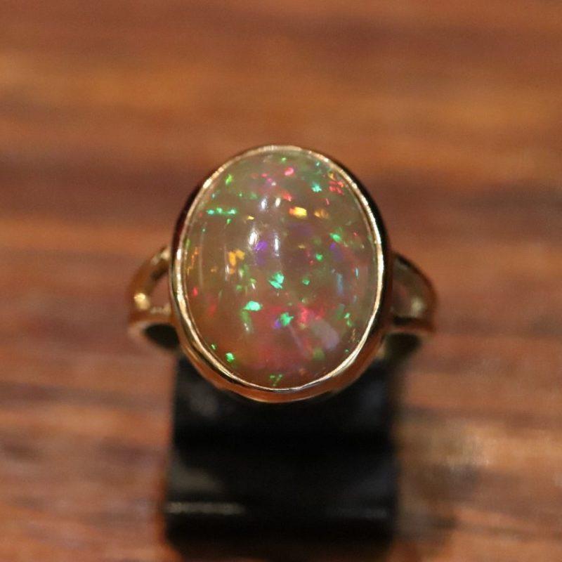 Bague opale d'Ethiopie sur or