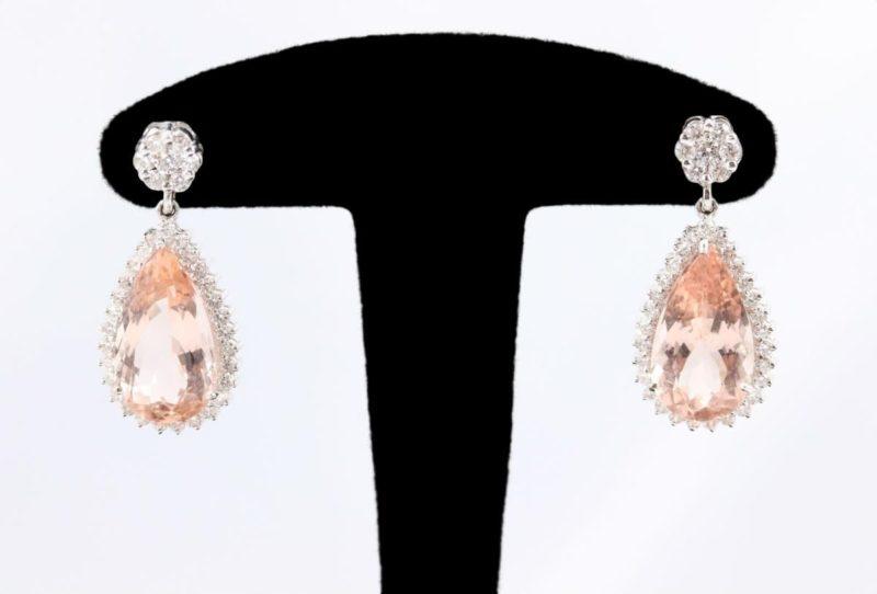 Boucles d'oreilles morganites diamants