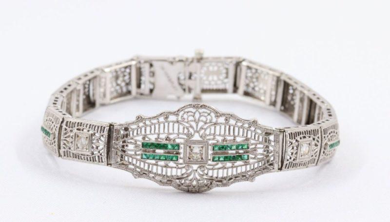 bracelet-or-gris-émeraudes