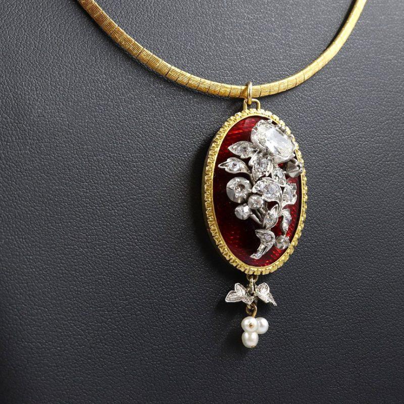 médaillon-émail-rouge