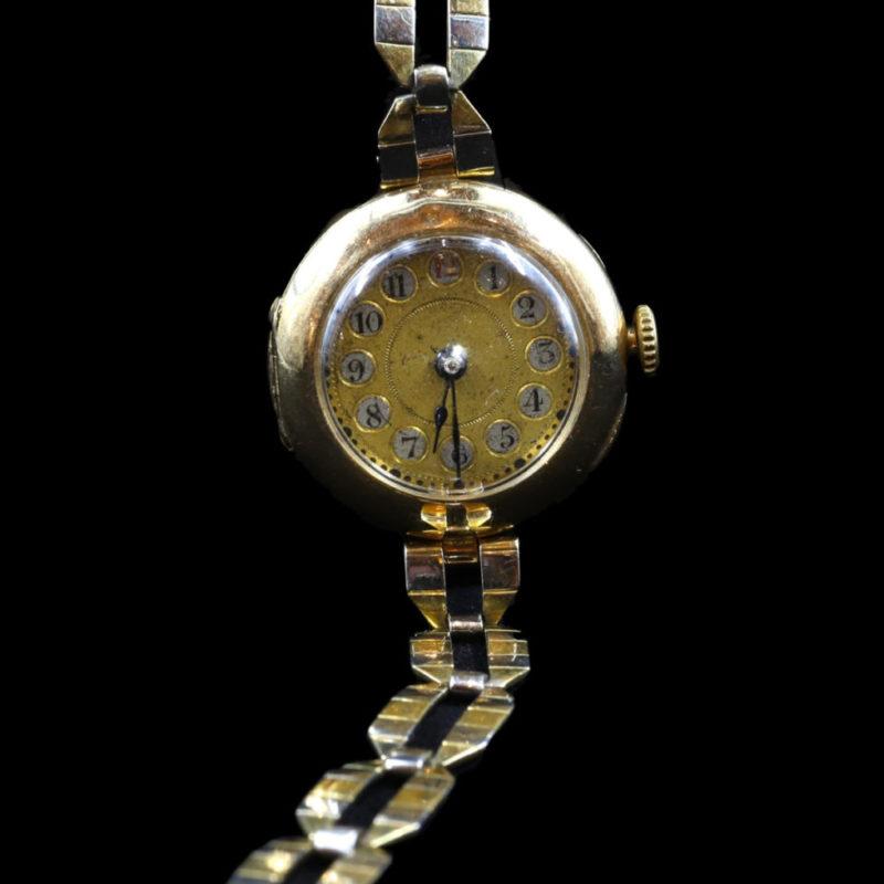 Montre bracelet 1900-1920
