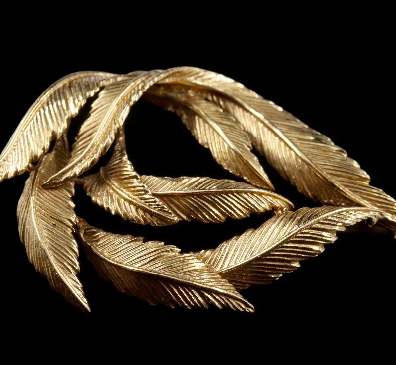 Broche plumes années 50