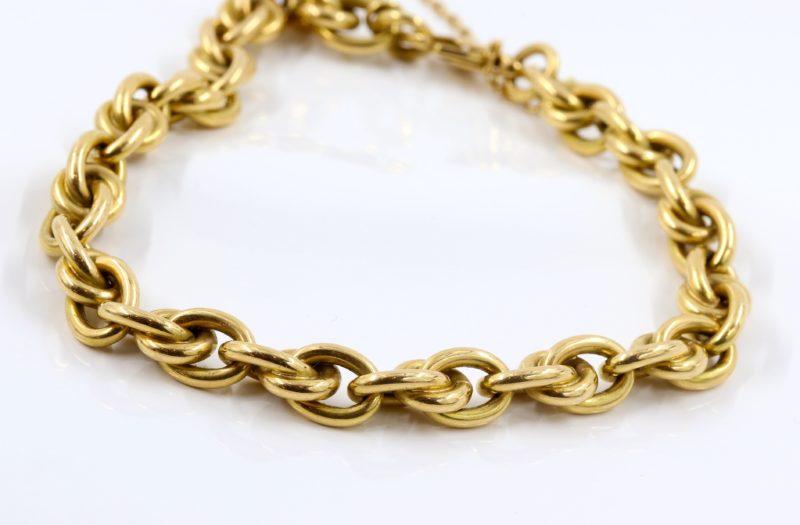 Beau bracelet maillons en or
