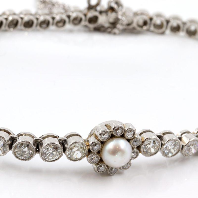 Bracelet 1925 perles et diamants sur platine