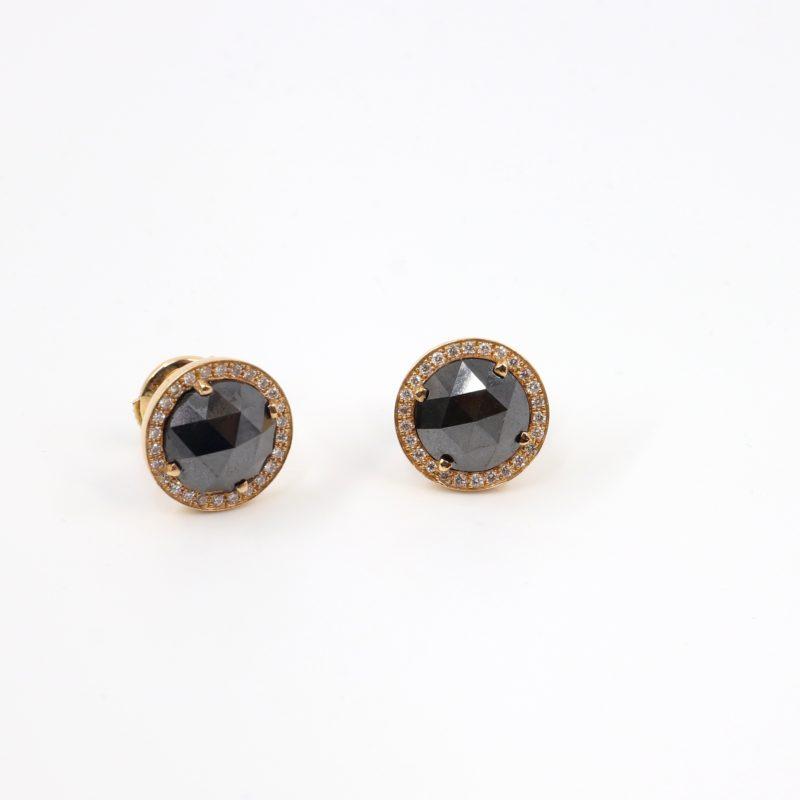 Boucles d'oreilles puces diamants noirs